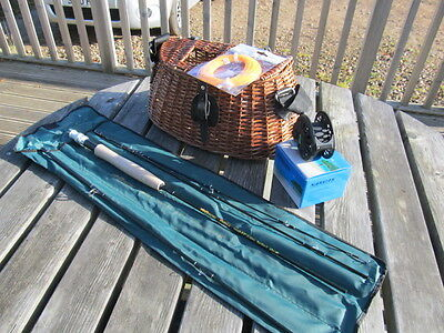 Travel stream fly fishing kit 8' Fly rod Fly reel Fly line and Wicker creel