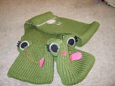 GUC  size 6x -10 child girls green frog scarf  knit punk rocker FREE SHIPPING