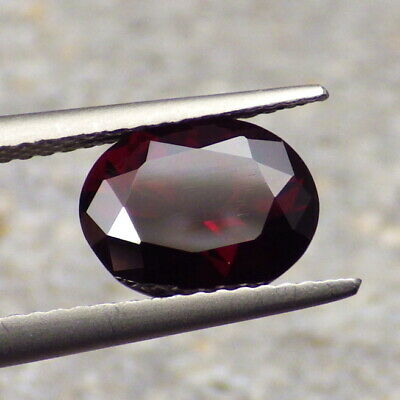 CHROME PYROPE-TANZANIA 2.50Ct CLARITY SI1-DEEP RUBY RED COLOR-COLLECTOR GRADE!