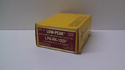 Box Of (6) New Old Stock! Cooper Bussmann Low-Peak Fuses Lpn-Rk-12Sp