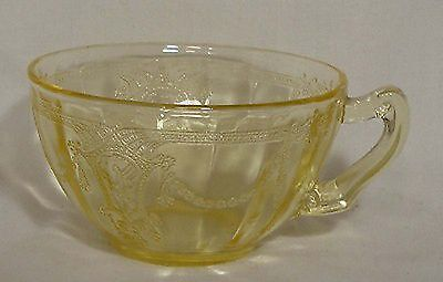 ANCHOR Hocking CAMEO Ballerina Dancing Girl YELLOW pattern Cup & Saucer