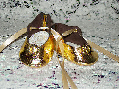 """22"""" Saucy Walker Leather Shoes ~ METALLIC GOLD"""