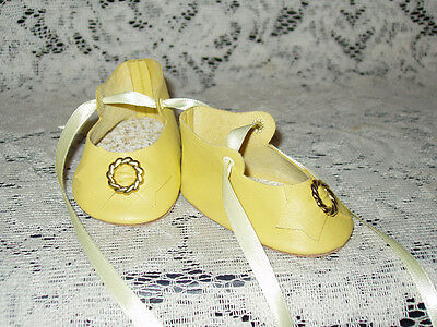 """22"""" Saucy Walker Leather Shoes ~ LIGHT YELLOW"""