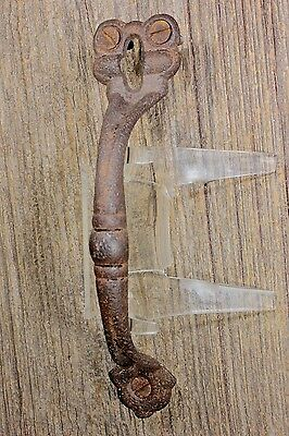 "6 3/4"" Thumb Latch screen handle drop attic door pull old vintage rusty iron"