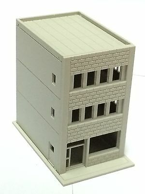 Outland Models Railway Modern 3-Story Building / Shop A Unpainted N Scale 1:160