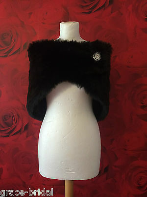 LUXURY BLACK FAUX FUR WRAP WITH BROOCH FAST. ASS SIZES BNIP*free samples*