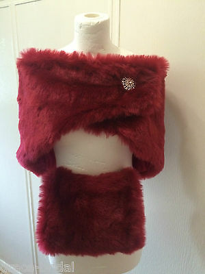 LUXURY WARM RED FAUX FUR WRAP AND MUFF WITH BROOCH FASTENER BNIP*free samples*