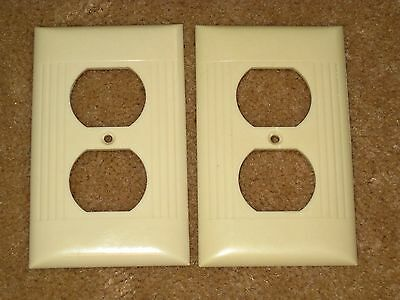 Vintage Mid Century Uniline BAKELITE Single Outlet Plate Cover Ribbed Line
