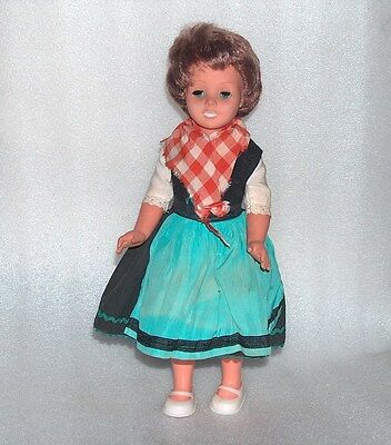 Vintage Plastic And Rubber Doll In Traditional Costume,germany-Gdr/ddr