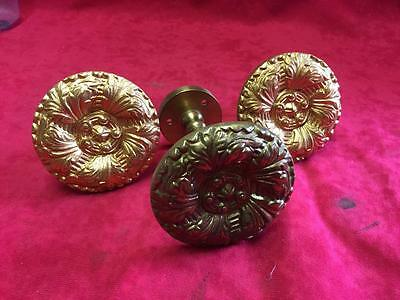 3 x ANTIQUE / VINTAGE RECLAIMED BRASS DECORATIVE DRAWER HANDLES