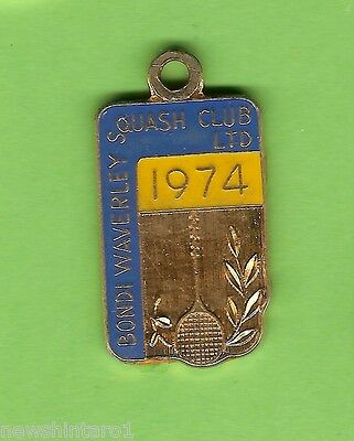#d229. Bondi Waverley Squash   Club  Member Badge 1974  #592