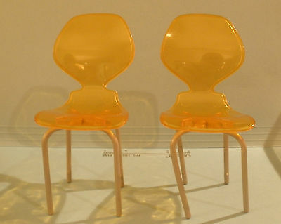2 Dollhouse Chairs Plastic Mid Century Modern Style Stackable Sprite Side #E40