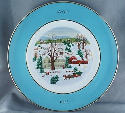 Avon Christmas Christmas on the Farm Collector Plate  1975 Wedgwood