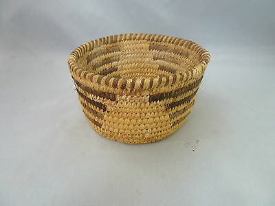 "Native American Weave Small Basket Bowl. Nice Design. Approx. 2.5"" T x 4.5"" D"