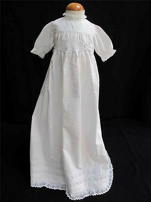 ANTIQUE VICTORIAN EMBROIDERED WHITEWORK COTTON & LACE BABY DRESS GOWN c 1890