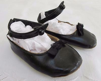 VINTAGE 1930's BLACK LEATHER BABY SHOES SLIPPERS with BOW DETAIL