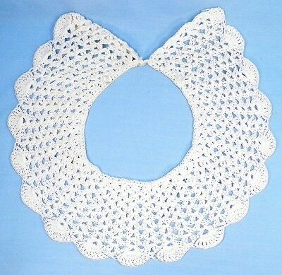 Vintage Collar Hand Crocheted White Thread Shell Stitch Tiny Buttons A Beauty