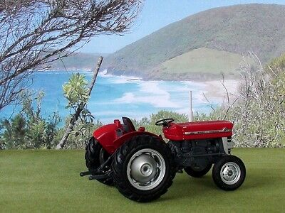 Massey Ferguson 135 Tractor Scale 1/32 New Diecast