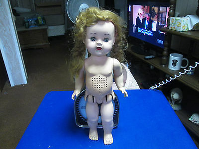 """Ee-Gee Vintage """"susan Stroller""""?- Doll! Makes Sounds, Head Moves! Check Her Out!"""