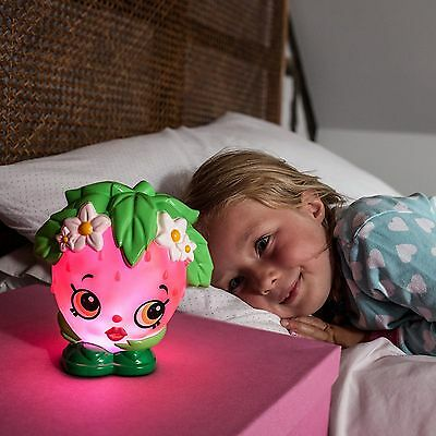 Shopkins Strawberry Kiss Colour Changing Light Illumi-Mate 100% Official Kids