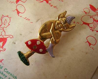CORNWALL - VINTAGE RETRO  LUCKY PISKIE PIXIE BROOCH PIN on original card 1940s