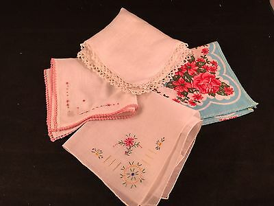 Lot Of 4 Vintage Ladies Hankies/handkerchiefs With Flowers, Embroidery & Tatting