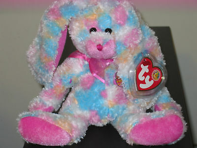 20da4afaa0b Ty Beanie Baby ~ FRITTERS the Bunny March 2005 BBOM ~ MINT with MINT TAGS