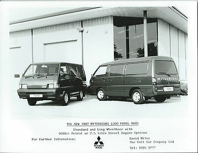 Mitsubishi L300 Panel Van Standard + Long Wheel Base Press Photograph 1987