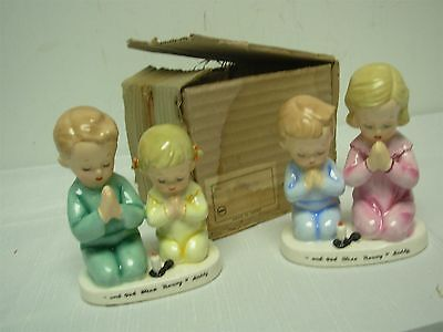 """2 Vintage 1956 Napco """"and God Bless Mommy & Daddy"""" Children Praying Figures Mib"""