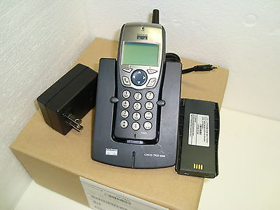 CISCO CP-7920 CP7920 2.4GHz WIRELESS IP PHONE With New Battery (Free Shipping)