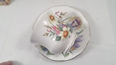 1996 Avon Queen's China  Mrs P.F.E. Albee Commem Teacup & Saucer in box