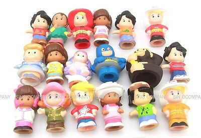 Random 10 x  TOYS 2 inches Fisher Price Little People Figures Dolls Baby Gift