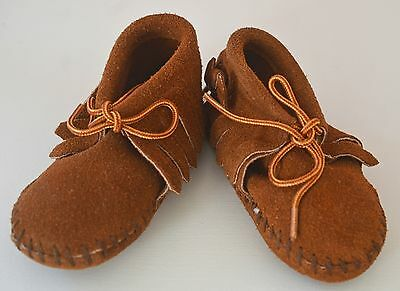 Darling Little Vintage Native American Moccasins – Taos Size 50 – Handmade Rr525