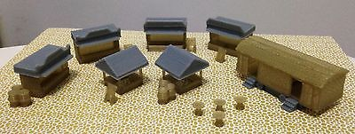 Outland Models Railroad Christmas Market Booth & Toilet Accessories Set N Scale
