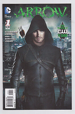 Arrow #1, 2 & Season 2.5 #1 Set DC Based on the CW Show Oliver Queen Green Arrow