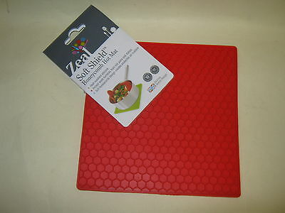 New CKS Zeal Silicone Kitchen Honeycomb Hot Mat Square Trivet J352 Red