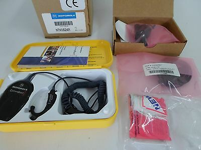Motorola NTN1624A CommPort Ear Microphone Receiver System w/Palm PTT for XTS MTX