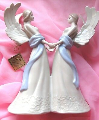 "FIGURINE TWO ANGELS HOLDING HANDS 11 3/4"" (29.8cm) BEAUTIFUL"