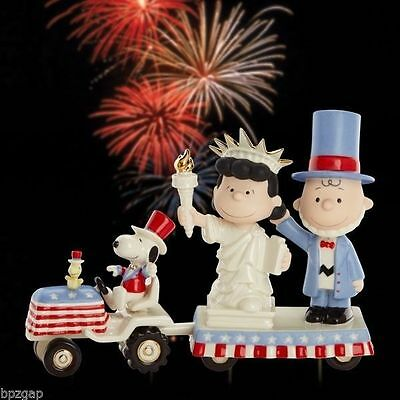 Lenox Peanuts Snoopy & Charlie Brown It's Independence Day Figurine