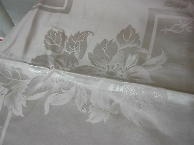 VINTAGE PINK DAMASK TABLECLOTH w PRETTY FLOWERS 60x100 with 12 MATCHING NAPKINS