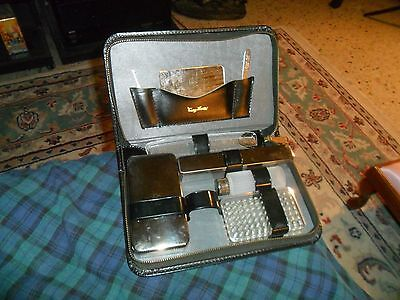 Vintage TOMMY TRAVELER 8 Piece Grooming Kit W/ Leather Travel Case USA