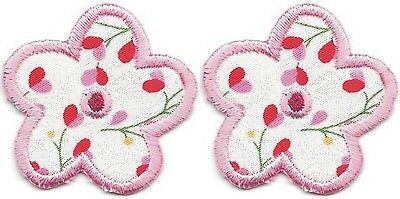 "Lot of 4 pcs 1/"" x 1/"" Pink Gray Grey Flower Pink Center Embroidered Patch"