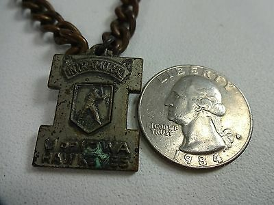 Vintage - U of I Iowa Hawkeyes Intramural Baseball Medal on Chain - Jestens