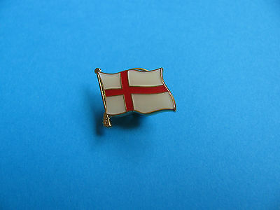 Small ENGLAND Flag Pin Badge. VGC. Unused.