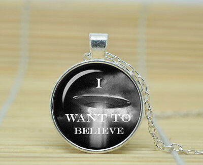 I Want To Believe Glass Pendant Necklace Silver The X Files Ufo Gift Bag Or Box