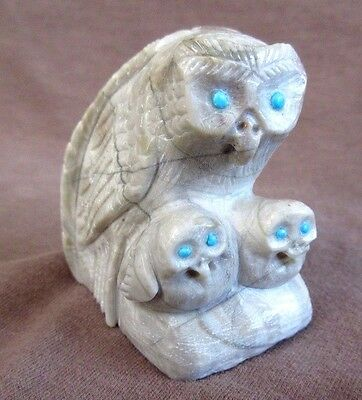 Zuni Amazing Picasso  Marble Owl w/ Owlettes by Carver Derrick Kaamasee C1021