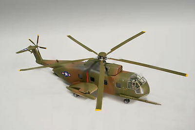 Lindberg 1/72 Scale HH-3 Jolly Green Giant Helicopter Plastic Model Kit #70544