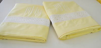 "Pair Charming Vintage Yellow Flat Sheets W/ Eyelet Embroidery & ""Mgh"" Mono Rr809"