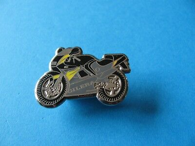 GILERA Motorcycle Pin badge. VGC. Enamel.