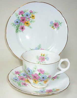 Royal Standard Virginnia Stocks Vintage English China Tea Set Teacup Trio